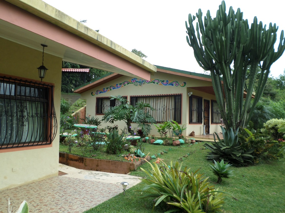 Quality 3br 2ba house for rent in san ramon costa rica on for Costa rica house rental